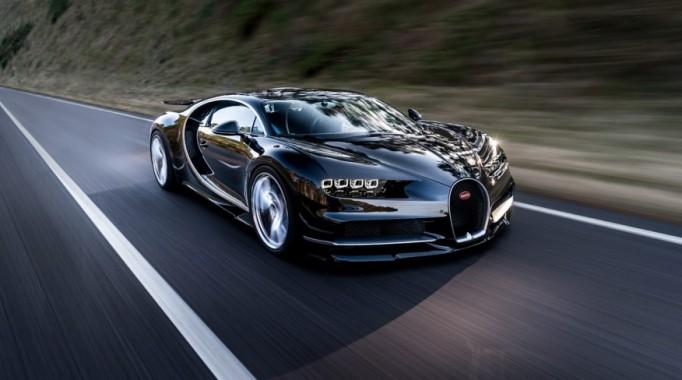 2017-Bugatti-Chiron-1022-876×535