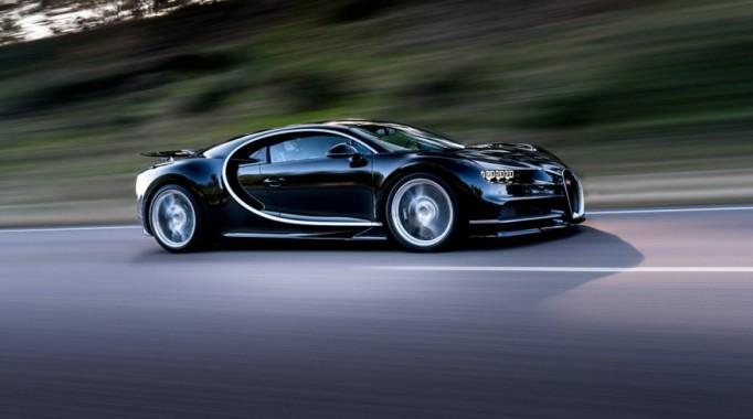 2017-Bugatti-Chiron-1032-876×535