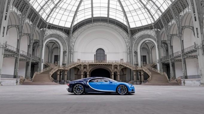 2017-Bugatti-Chiron-1092-876×535